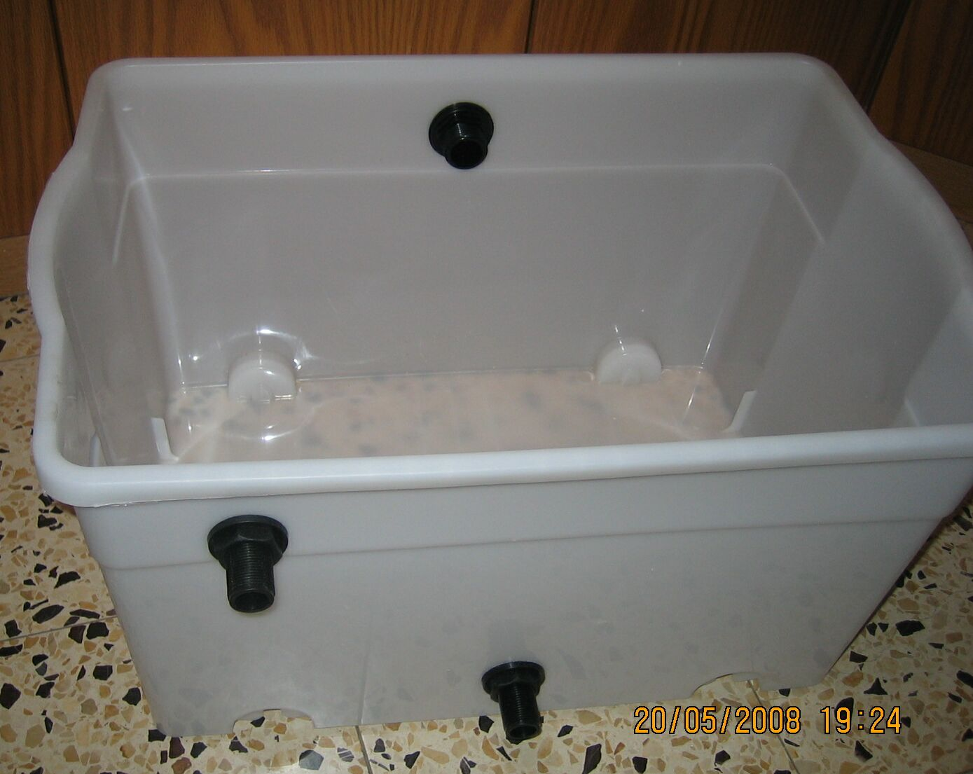 Diy how to build a gravitational filter for a koi pond for Diy koi pond filter design